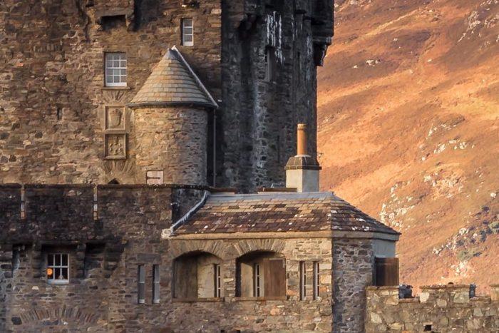 Eilean Donan Castle Zoomed in to 100%